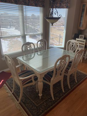 Beautiful Tommy Bahama by Lexington Distressed Dining Set for Sale in Westminster, CO