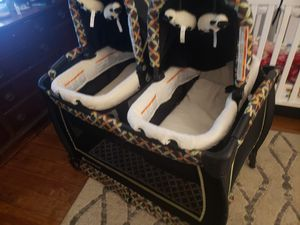 Baby Trend Twin Nursery Center for Sale in PILESGRV Township, NJ