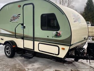 2016 Rpod Hood River Edition 183G With Slide Out & Rear Garage 1 Owner for Sale in Damascus,  OR