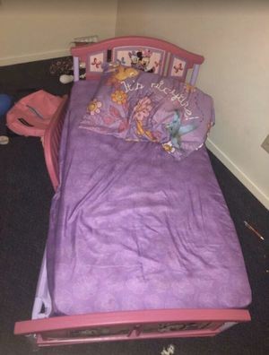 Like new toddler bed and mattress for Sale in San Diego, CA
