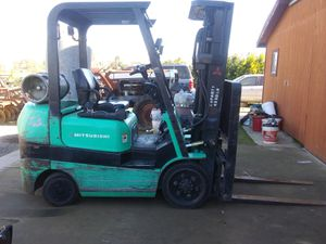 Forklift, Mitsubishi for Sale in Woodlake, CA