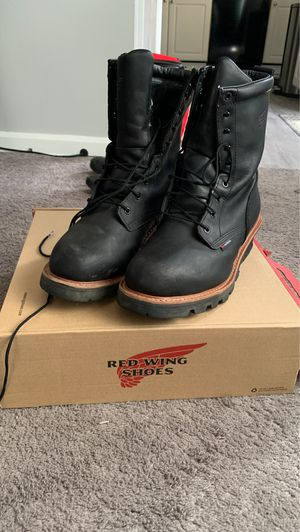 Redwing work boots for Sale in Cuyahoga Falls, OH