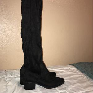 Black Knee High Boots for Sale in Denver, CO