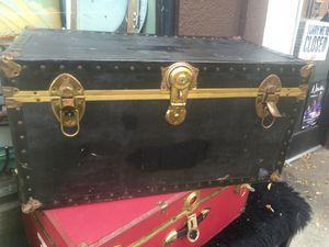 Black chest trunk storage for Sale in San Diego, CA