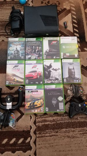 Xbox 360 with games and accessories for Sale in Winter Haven, FL
