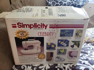 Simplicity Celebrity sewing machine for Sale in Portsmouth, VA