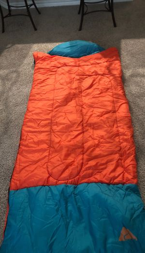 Ozark trail sleeping bag for Sale in Plano, TX