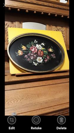 VINTAGE NASHCO BLACK OVAL TRAY w HAND PAINTED BRILLIANT FLOWERS for Sale in Lynchburg,  VA