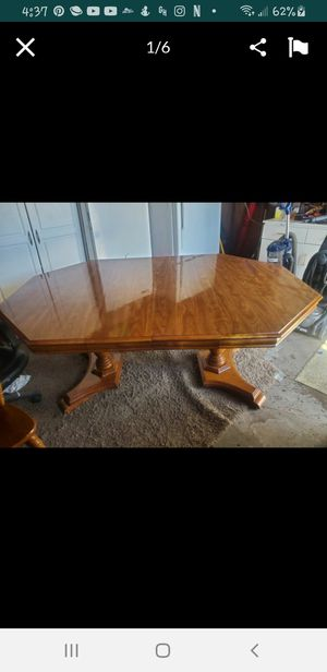 Dining table / comedor y sillas for Sale in Merced, CA