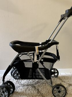 Baby Trend Snap-N-Go EX Universal Infant Car Seat Carrier for Sale in Alexandria,  VA