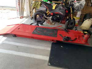 Motorcycle lift tool for any bike Gsxr dyna Harley cbr cafe triumph bobber for Sale in Los Angeles, CA