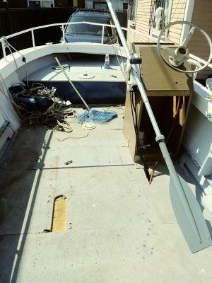 Aluminum boat 18 foot for Sale in Santa Monica, CA