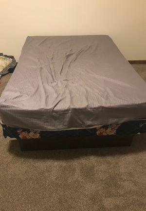 Full size bed and frame for Sale in Grandville, MI
