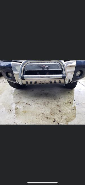 2004-2013 Nissan Titan or armada Westin bull bar with/skit for plate for Sale in Everett, WA