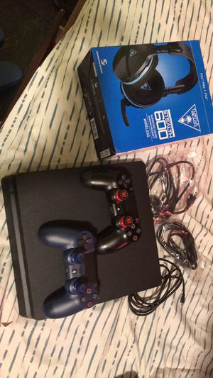 PS4 gaming bundle for Sale in Port Arthur, TX