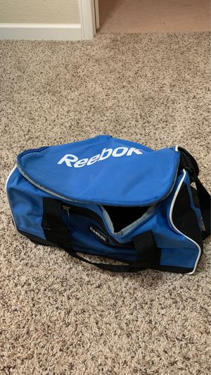 Reebok duffle bag for Sale in Commerce City, CO
