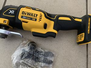 New 20v XR dewalt for Sale in Los Angeles, CA