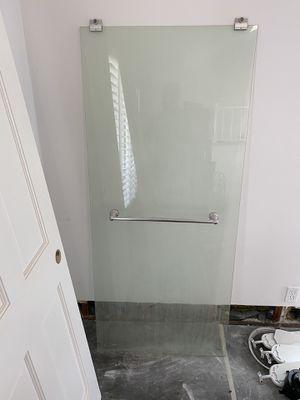 Free Glass Bath Sliders for Sale in Carlsbad, CA