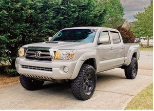 Perfect 2009 Toyota Tacoma 4WDWheels Clean! for Sale in Richmond, CA
