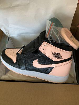 "Air Jordan Retro 1 ""Crimson Tint"" Size 6 for Sale in Saginaw, TX"