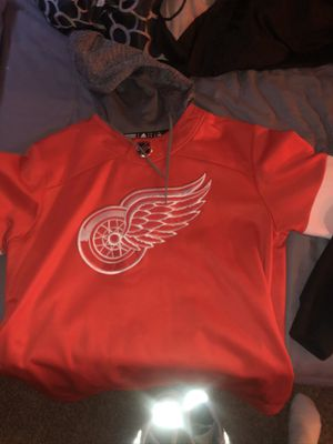 Authentic adidas Red Wings hoodie for Sale in Baltimore, MD