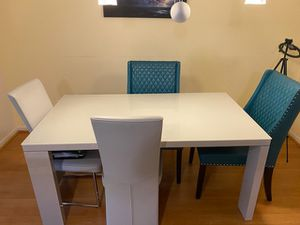 Dining table with 4 leather chairs for Sale in Southfield, MI