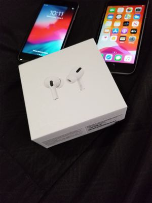 iPhone 6 w/ AirPod Pros for Sale in Spring, TX