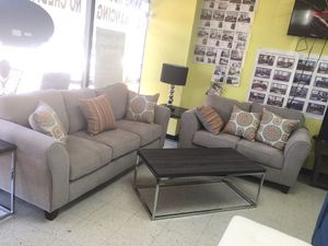 2pc sofa and loveseat for Sale in Missouri City, TX