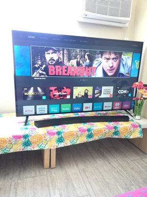 "65"" Vizio Smart UHD TV, Model E65-E1 for Sale in Los Angeles, CA"
