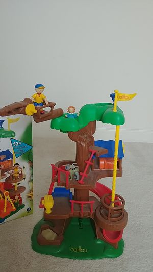 Caillou tree house play set for Sale in Mesa, AZ