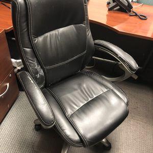 Office Chair FREE for Sale in Silverado, CA