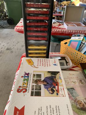 Sizzix bundle for Sale in Kaneohe, HI