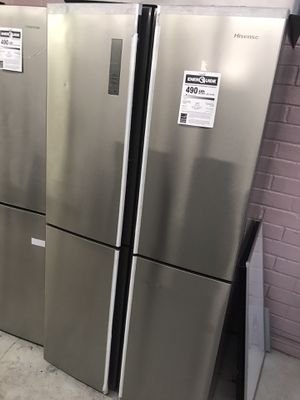 HISENSE FRENCH DOOR REFRIGERATOR for Sale in Norco, CA