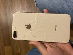iPhone 8 Plus Gold for Sale in Detroit, MI