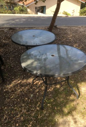 Patio Table & Chairs for Sale in Salinas, CA