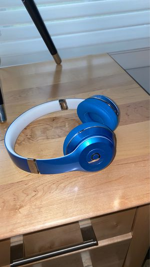 Beats solo headphones for Sale in Palatine, IL