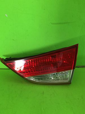 2011-2013 HYUNDAI ELANTRA RIGHT/PASS SIDE OEM TRUNK LID MTD TAIL LIGHT P#92404-3X0. TAILLIGHT. for Sale in San Marcos, CA