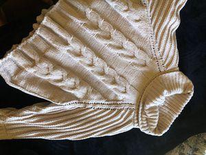 Knit sweater for Sale in Orange Cove, CA
