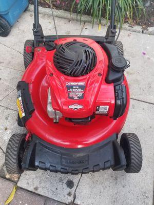 Lawn mower for Sale in Bradenton, FL
