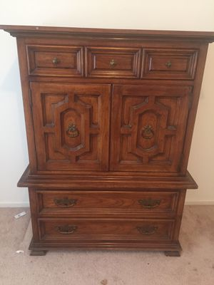 Wooden Dresser for Sale for sale  Monroe Township, NJ