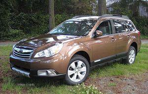 Subaru Outback for Sale in Miami, FL