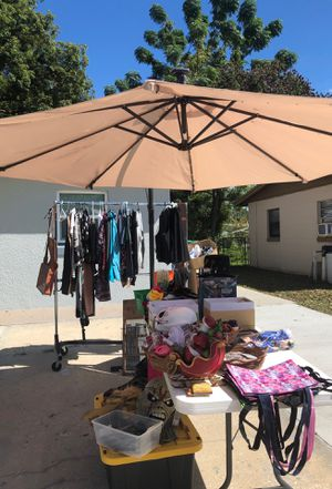 Big umbrella for sale can be for pool or front porch for Sale in Orlando, FL
