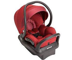 Maxi coding car seat and 3 base for Sale in Washington, DC