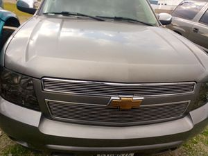 2007 to 2014 Chevy Tahoe and GMC Yukon parts only for Sale in Fontana, CA