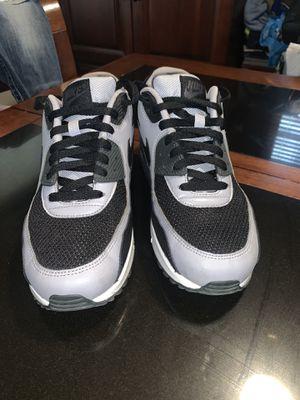 Men's Nike 9 1/2 for Sale in Columbus, OH