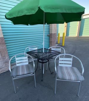 6 piece outdoor patio set furniture with cushions & umbrella FREE DELIVERY WITHIN 5 MILES 👍 for Sale in Las Vegas, NV