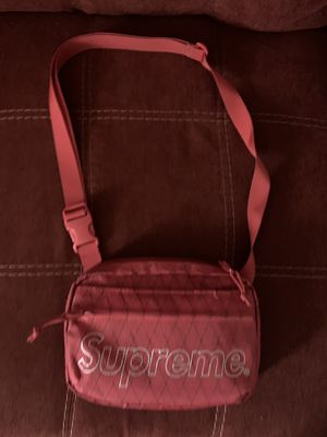 Supreme bag for Sale in Oakland, CA