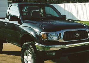 TOYOTA TACOMA 2001 Nice Solid Truck No Rust for Sale in Newark, NJ