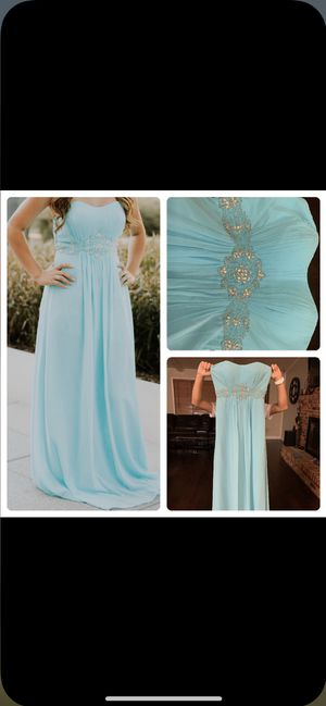 Dress (only wore once for photoshoot) PERFECT FOR PROM! for Sale in Cedar Hill, TX