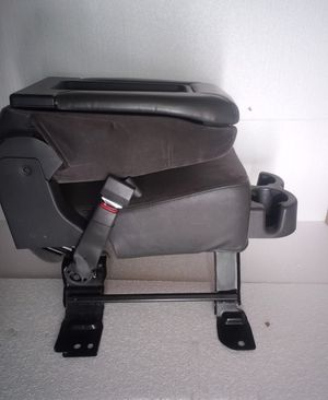 Silverado center console jump seat for Sale in Los Angeles, CA